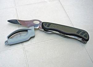 sharpen a pocket knife